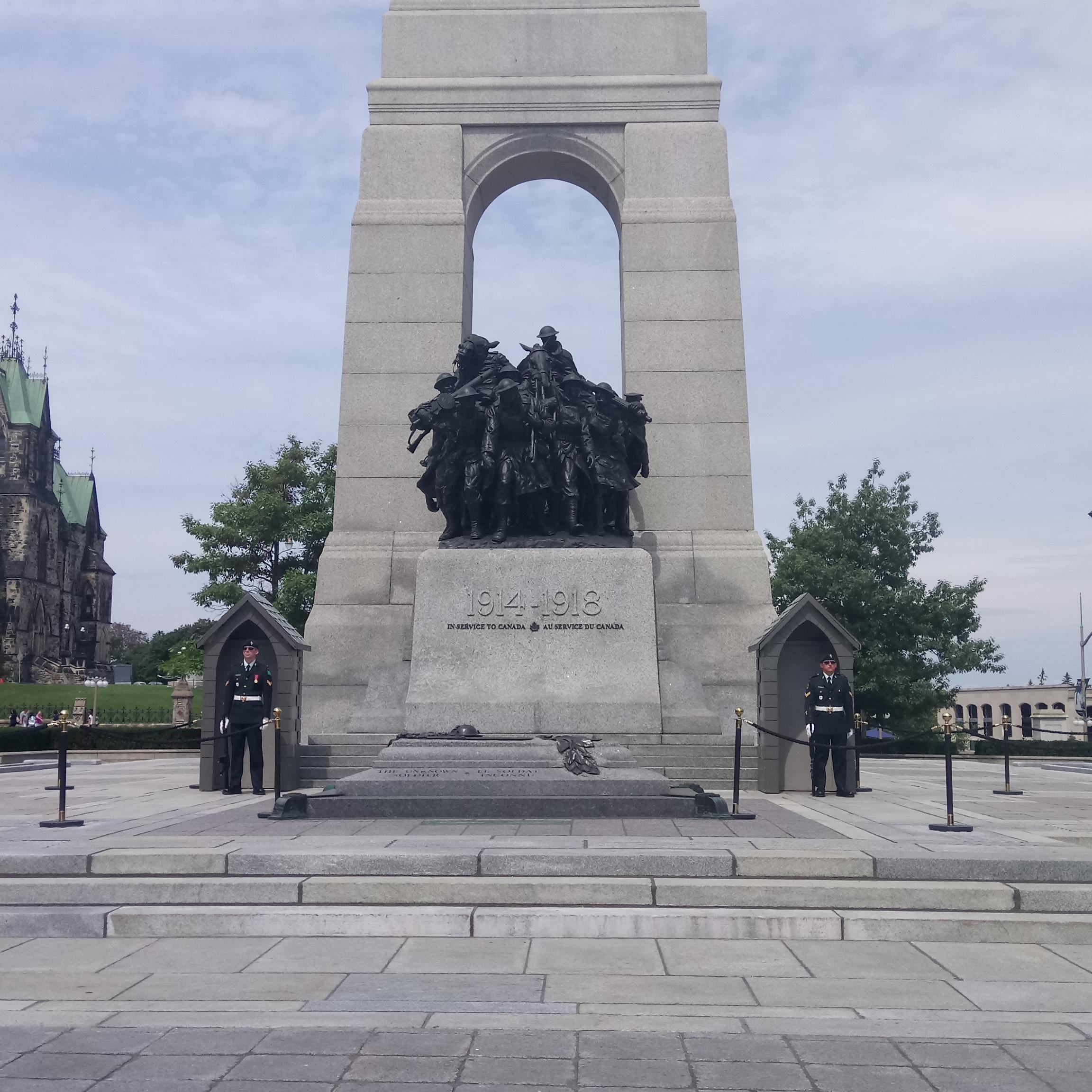 Le Monument commémoratif de guerre du Canada